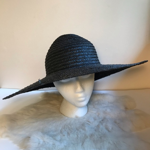 Vintage Accessories - Vintage Black Stiff Woven Straw Hat